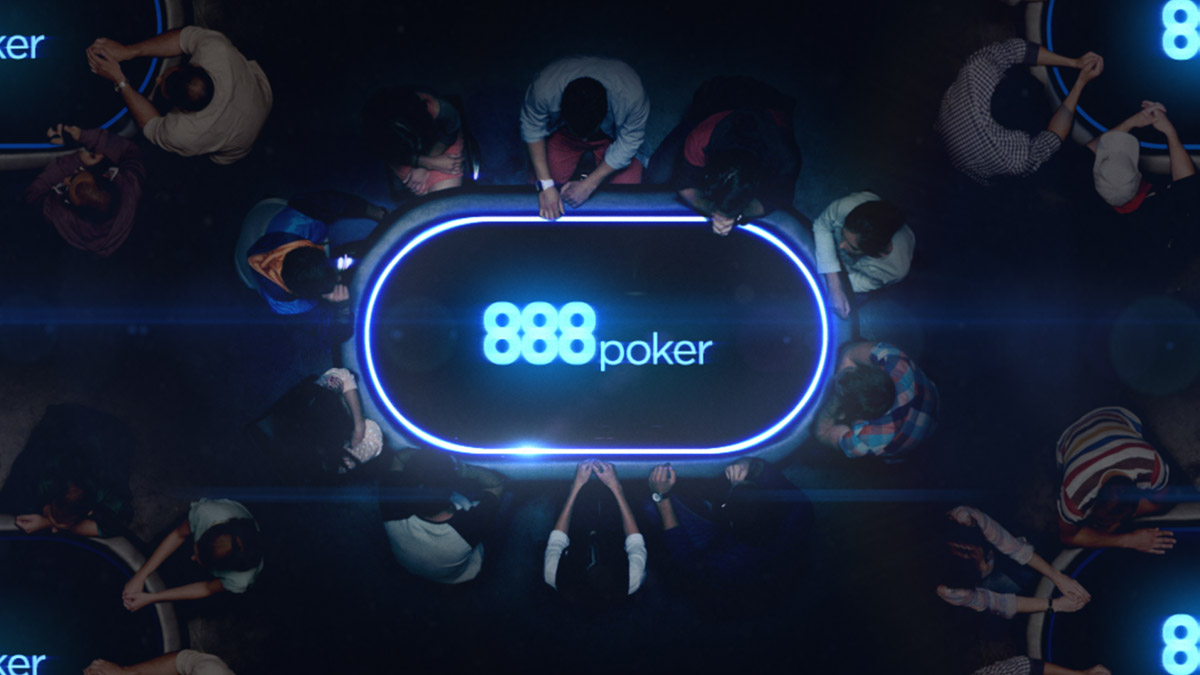 What are 888 poker players unhappy with?
