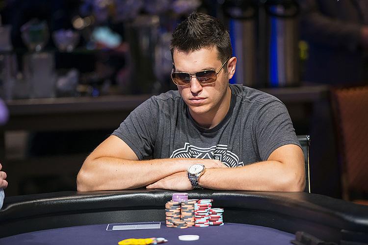 Дуглас Полк: 4 ошибки, который мешают победить в покере